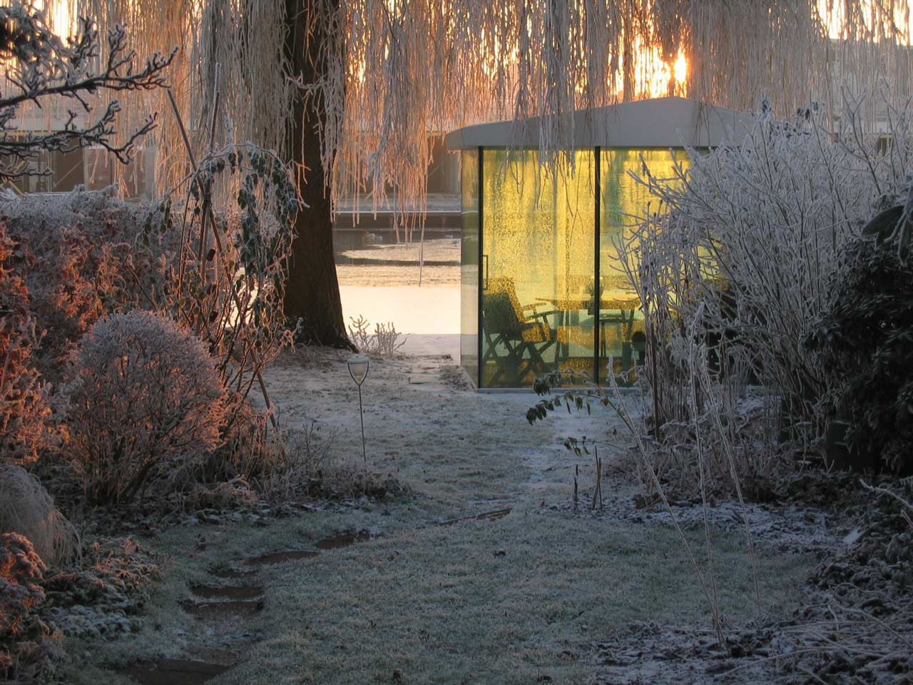 2by4 architects garden pavilion