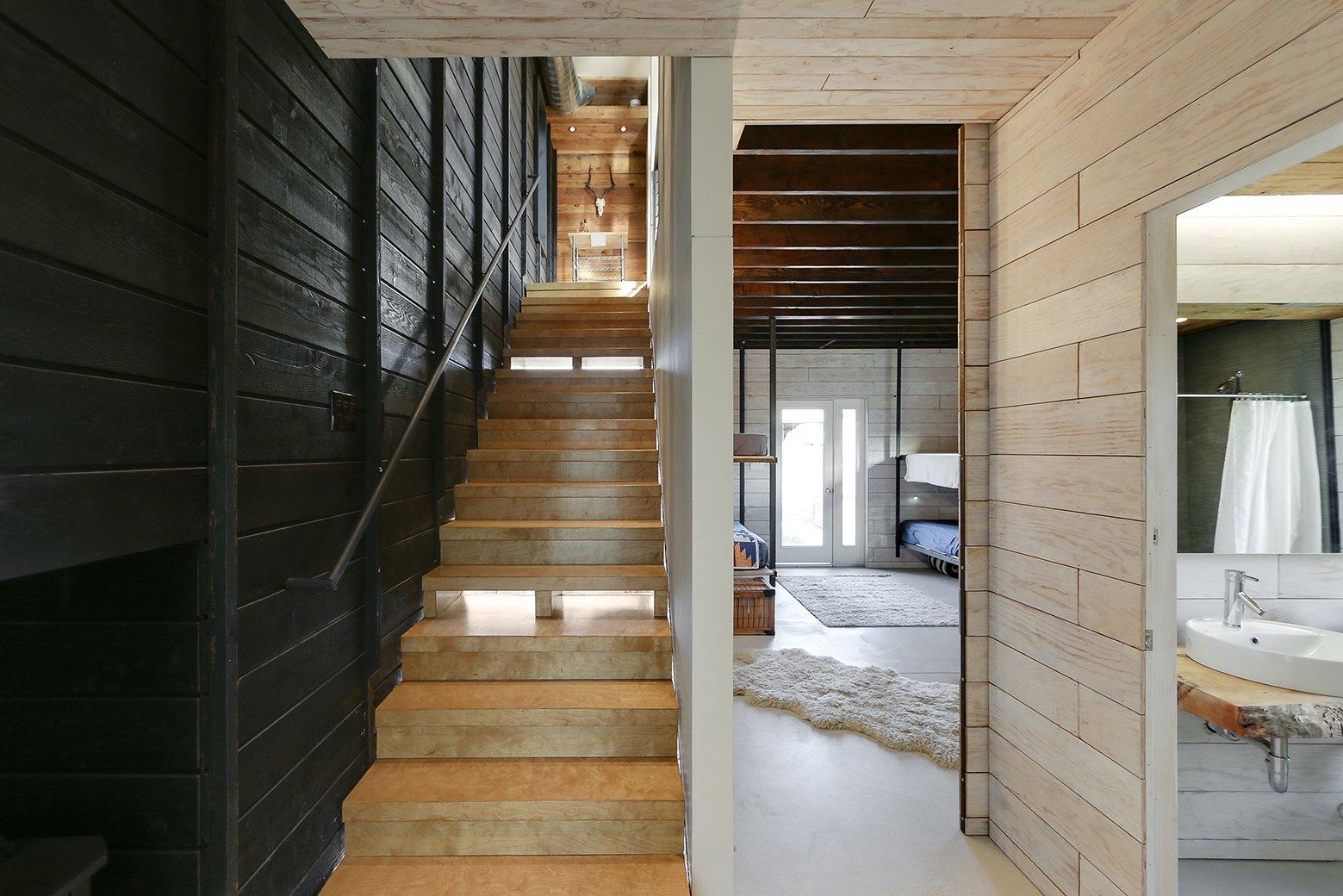 510 Cabin / Hunter Leggitt Studio (8)