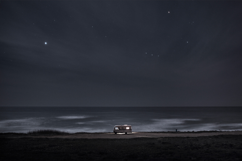 A Van in the Sea / Alessandro Puccinelli (4)