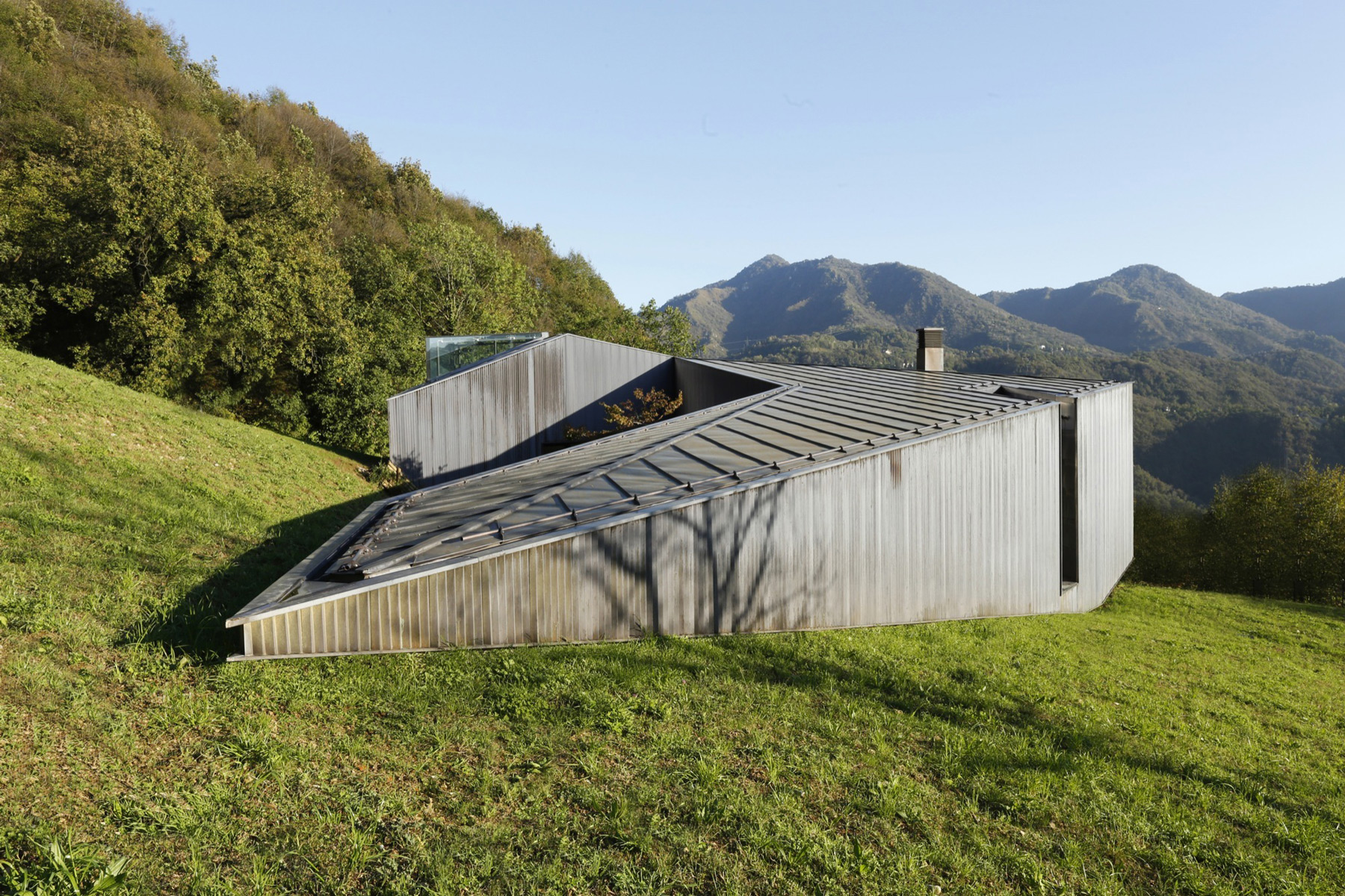 Alps Villa / Camillo Botticini (11)