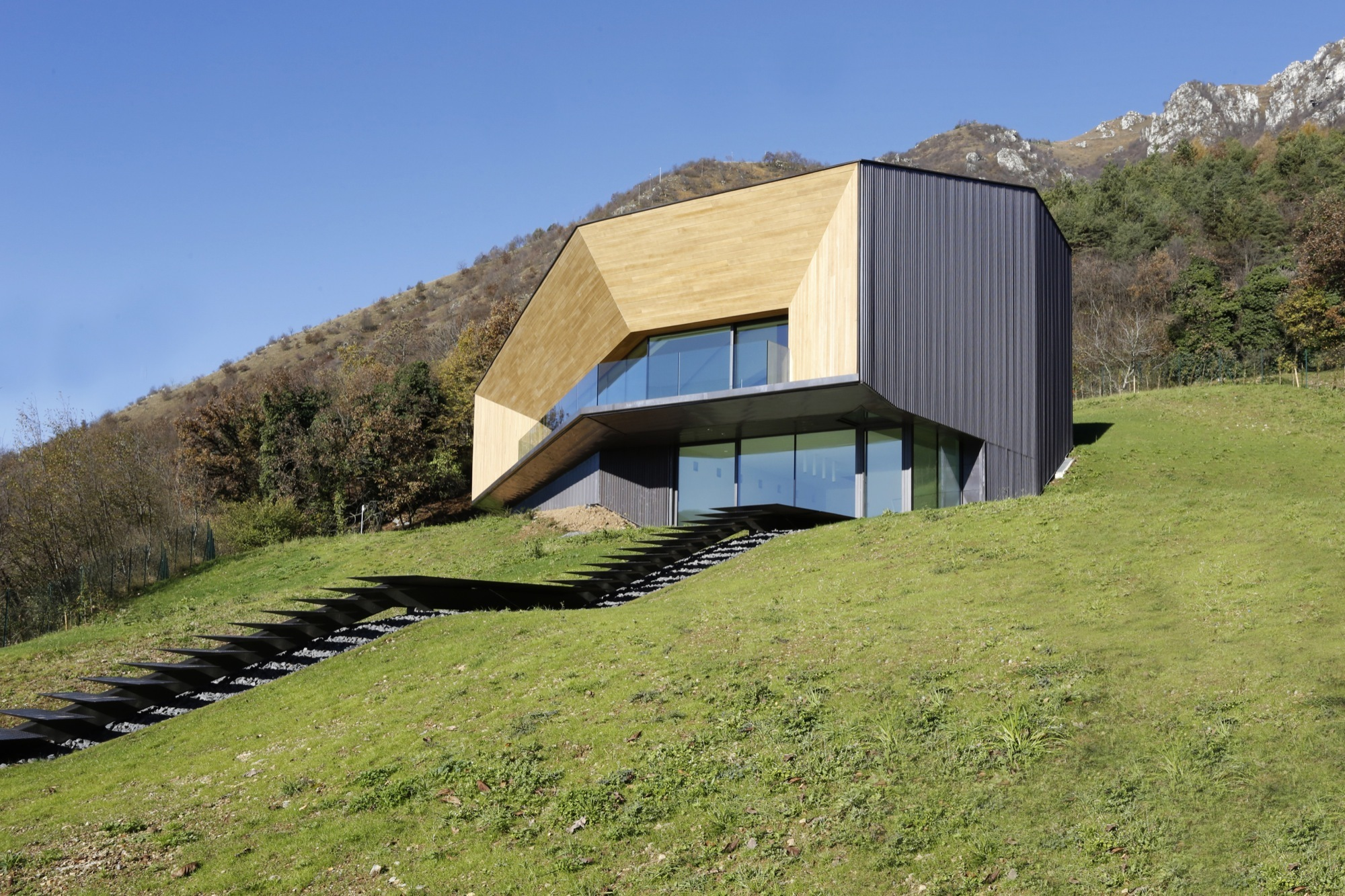 Alps Villa / Camillo Botticini (25)