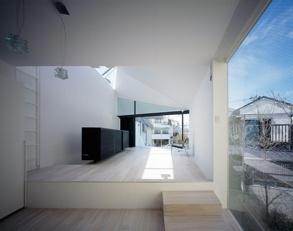 Arrow / Apollo Architects & Associates