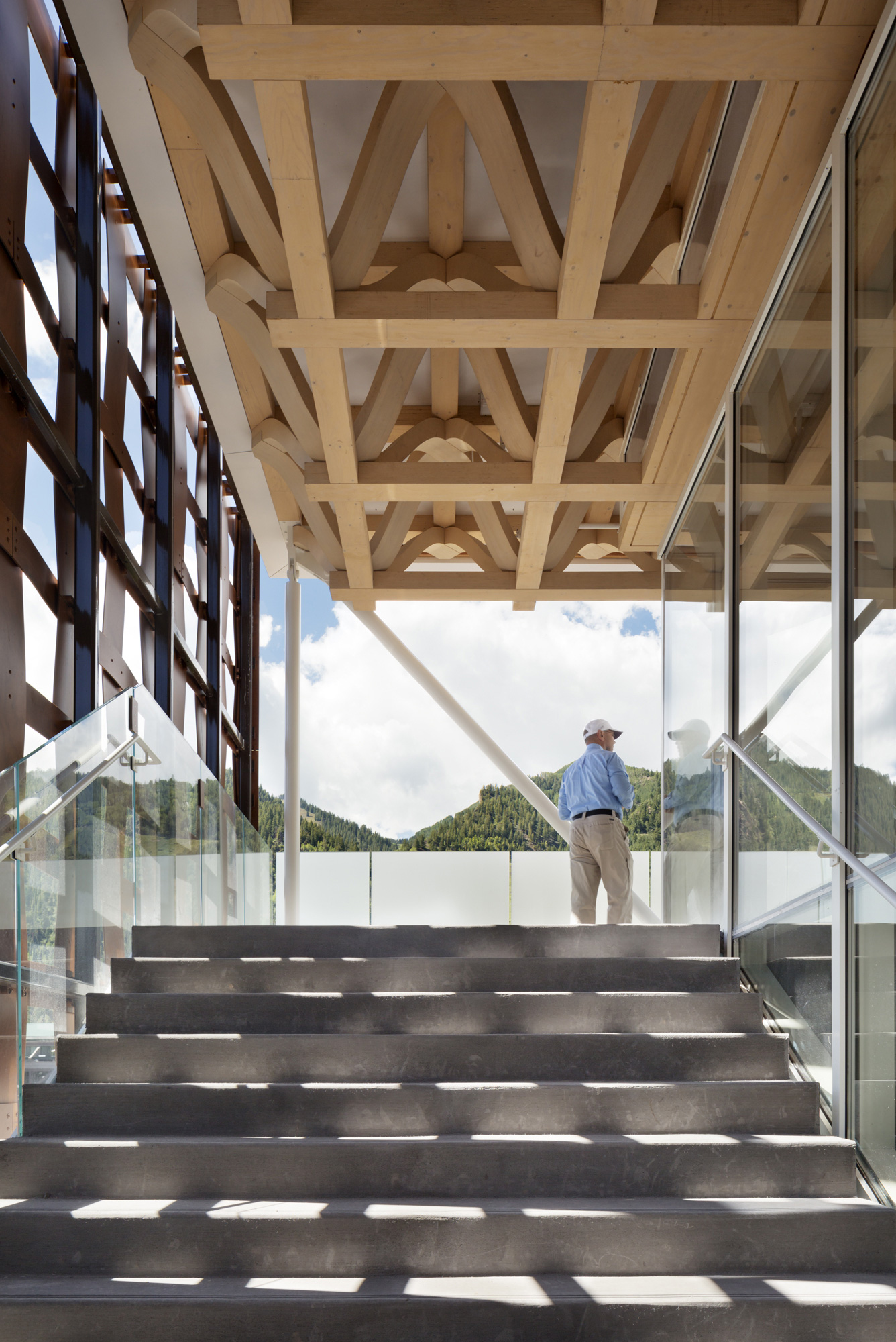 Aspen Art Museum / Shigeru Ban Architects (25)
