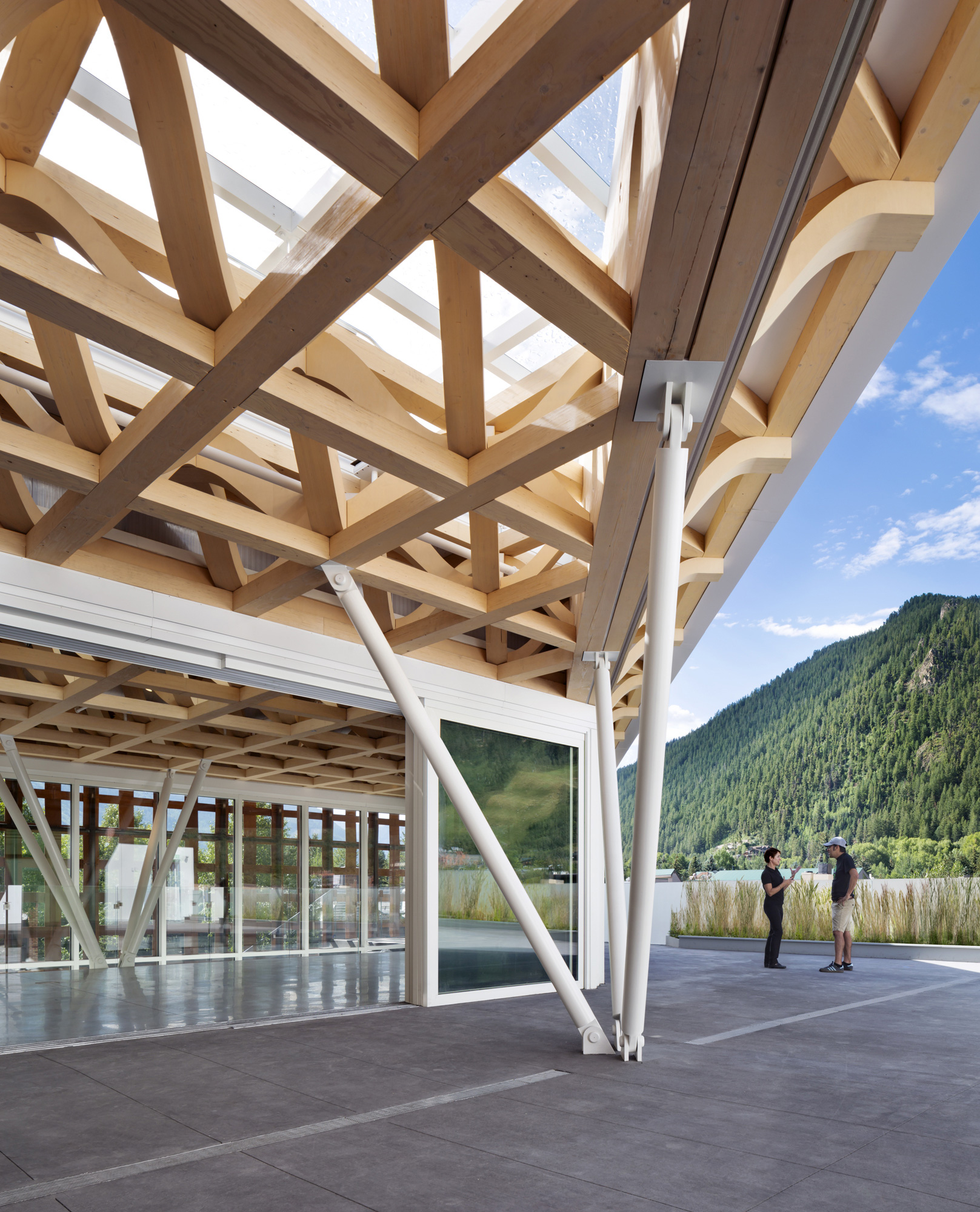 Aspen Art Museum / Shigeru Ban Architects (19)