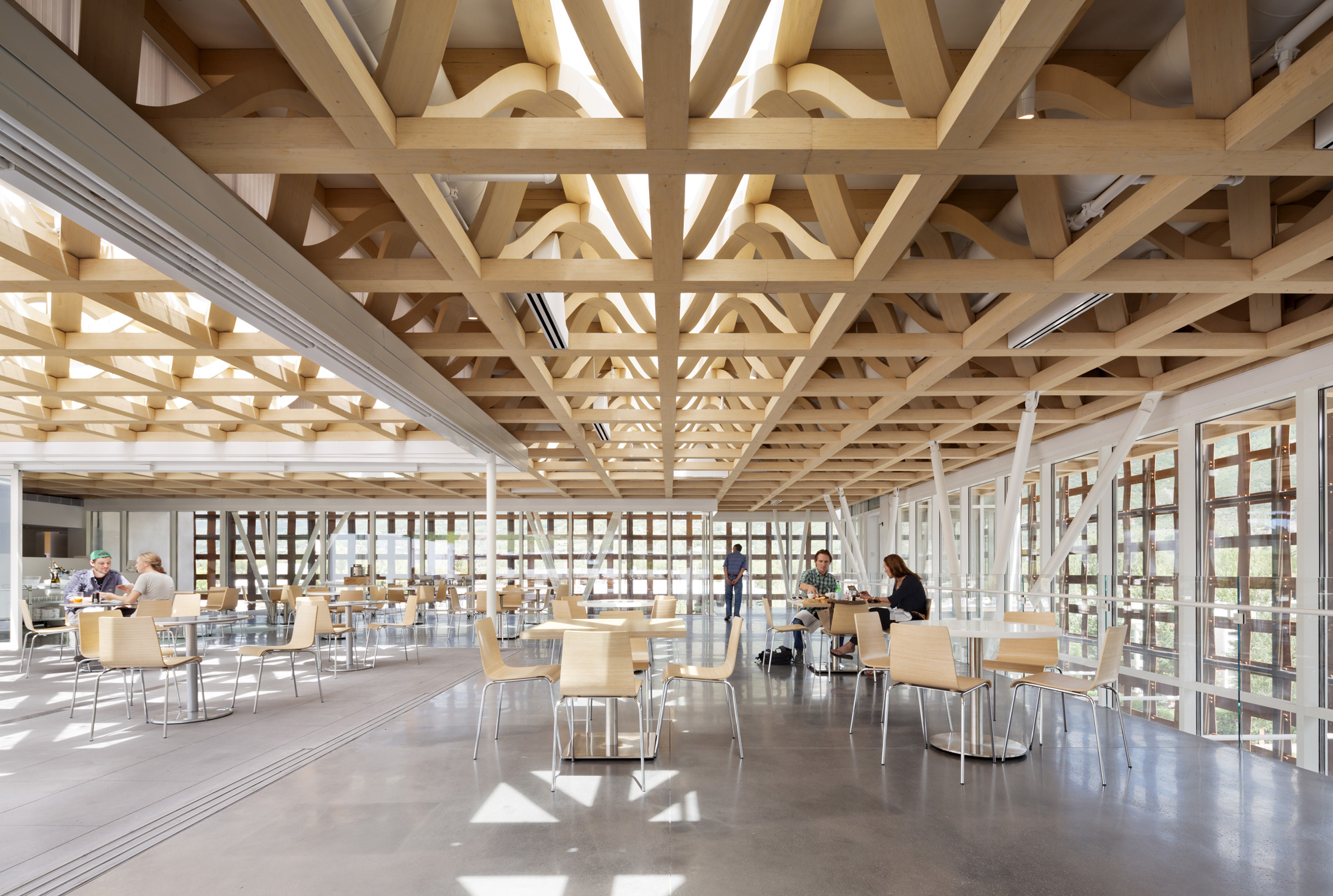 Aspen Art Museum / Shigeru Ban Architects (12)