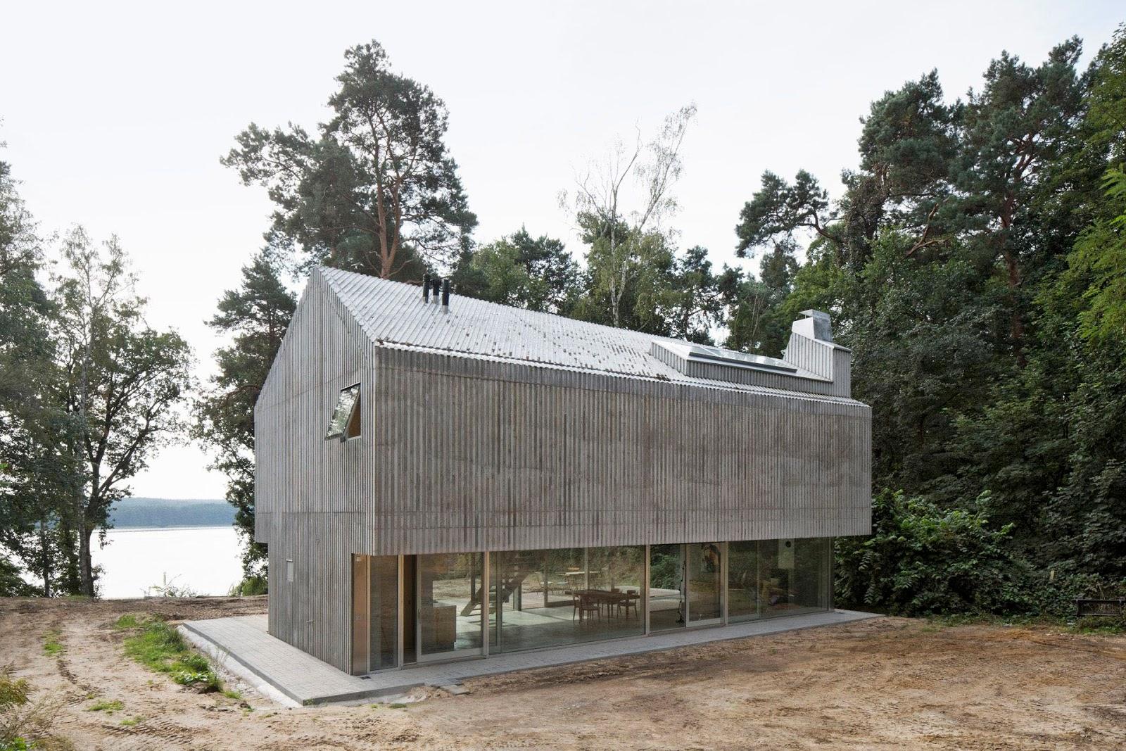 Beach House / Augustin Und Frank Architekten