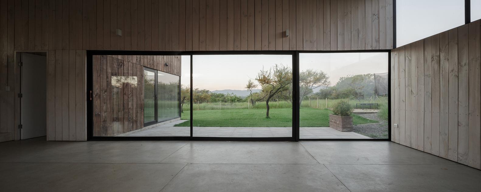 CML House / Ricardo Torrejon & Arturo Chadwick (13)