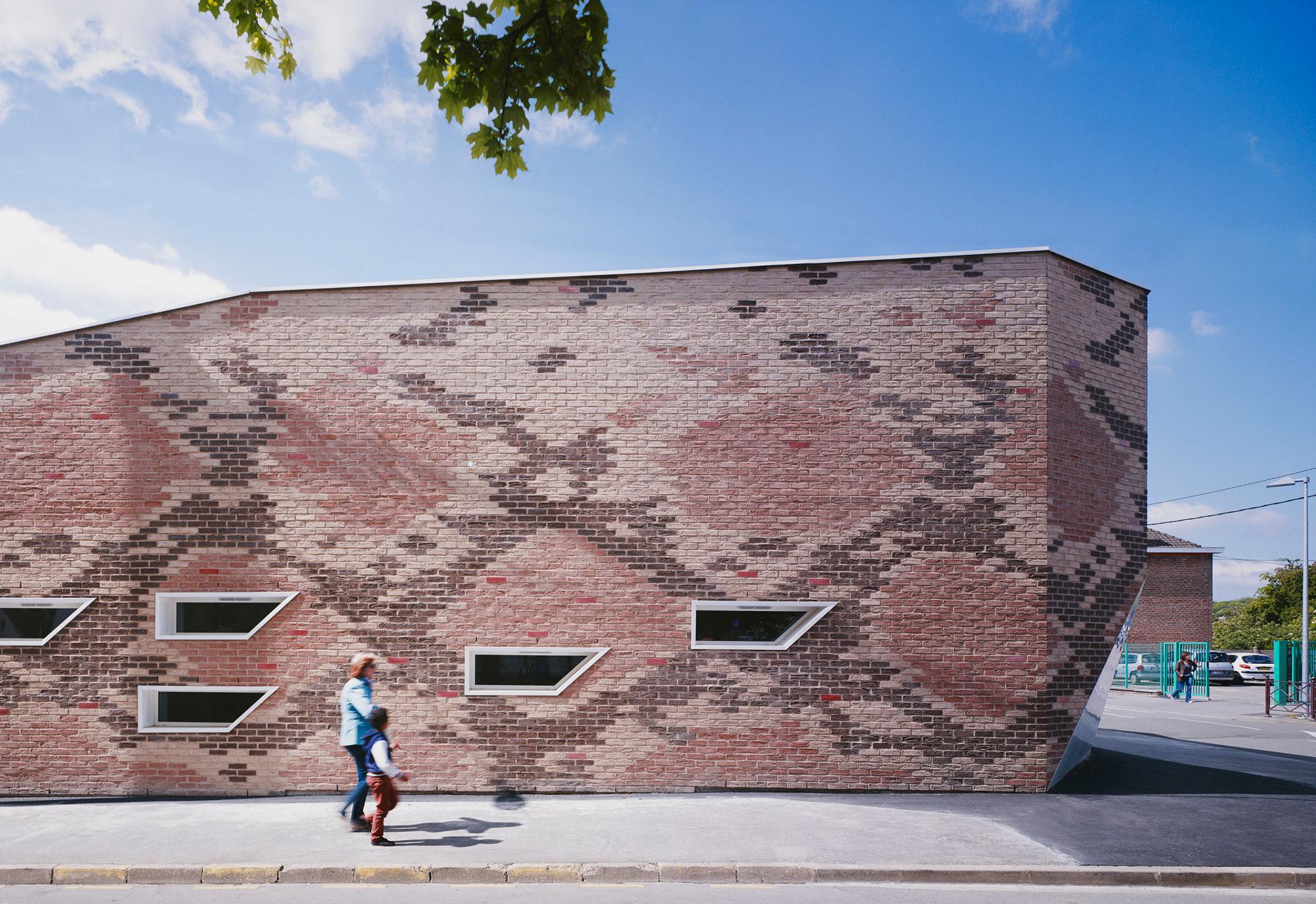 Cantine BOA / D'houndt + Bajart - Architectes & Associés (17)