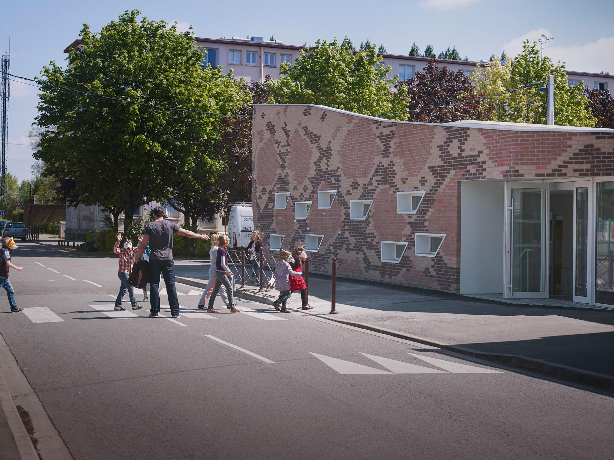 Cantine BOA / D'houndt + Bajart - Architectes & Associés (14)