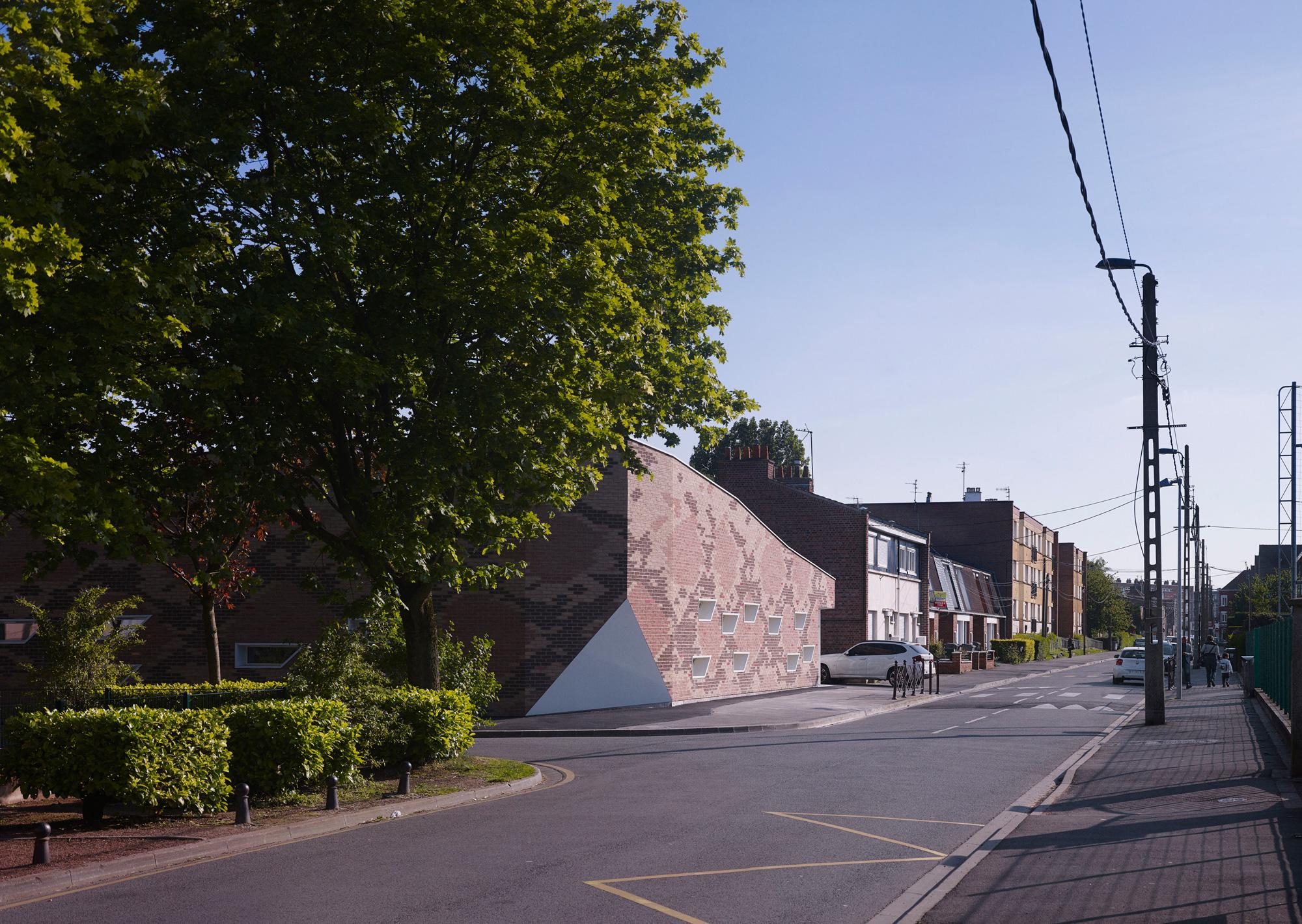 Cantine BOA / D'houndt + Bajart - Architectes & Associés (13)