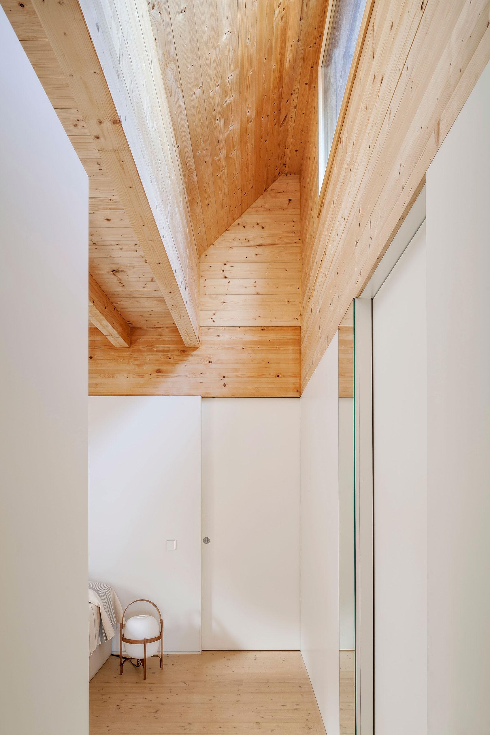 Casa LLP / Alventosa Morell (13)