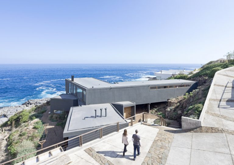 Catch The Views House / LAND Arquitectos