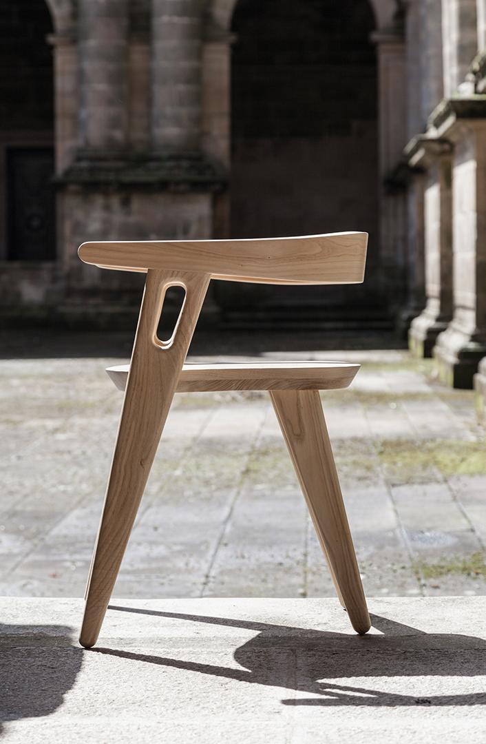 Chair Walls / Domohomo (3)