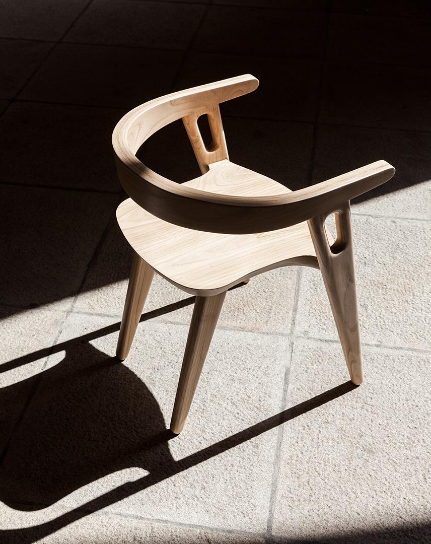 Chair Walls / Domohomo (2)