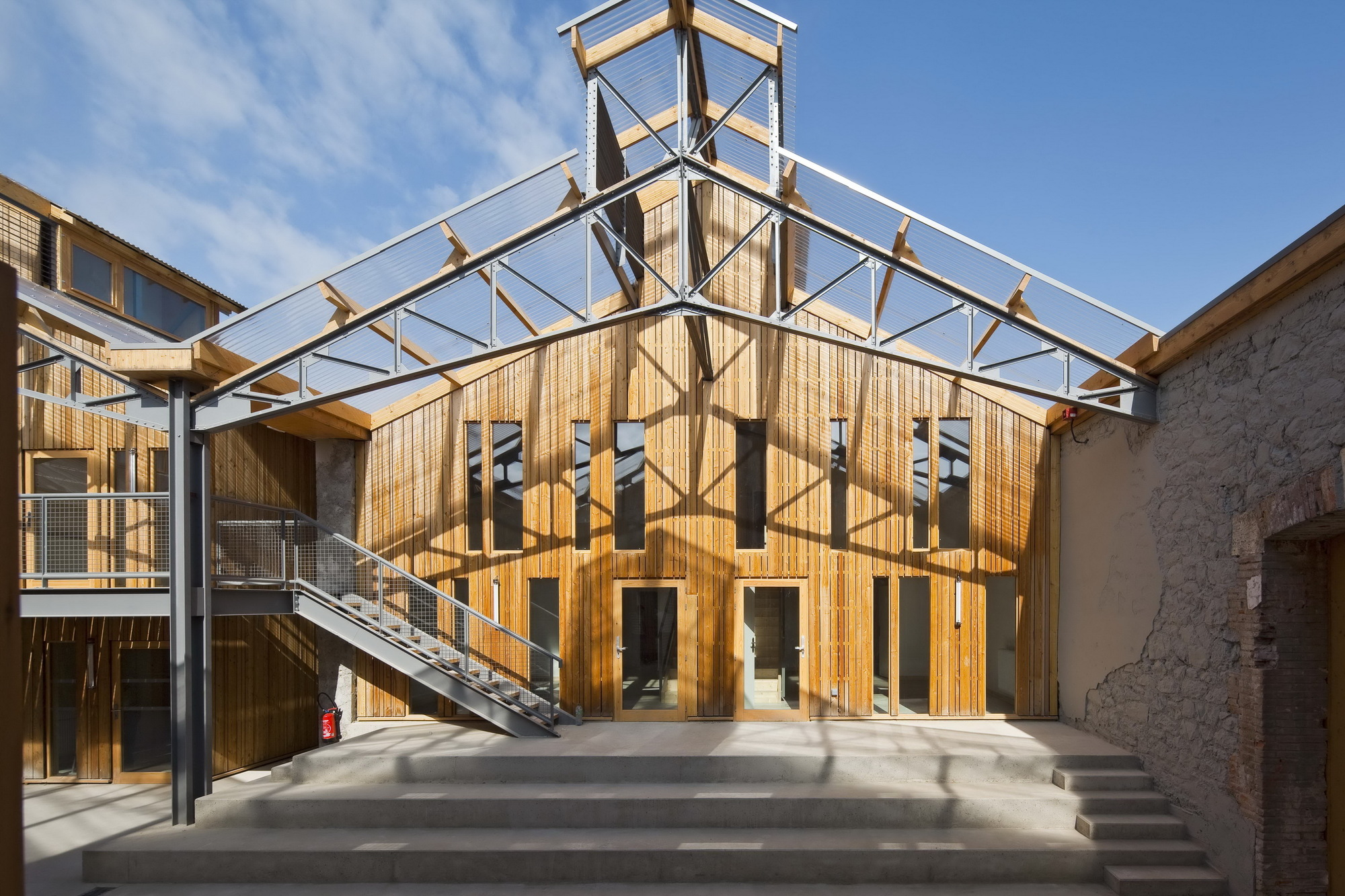 Circus Arts Conservatory / Adh Architects (21)