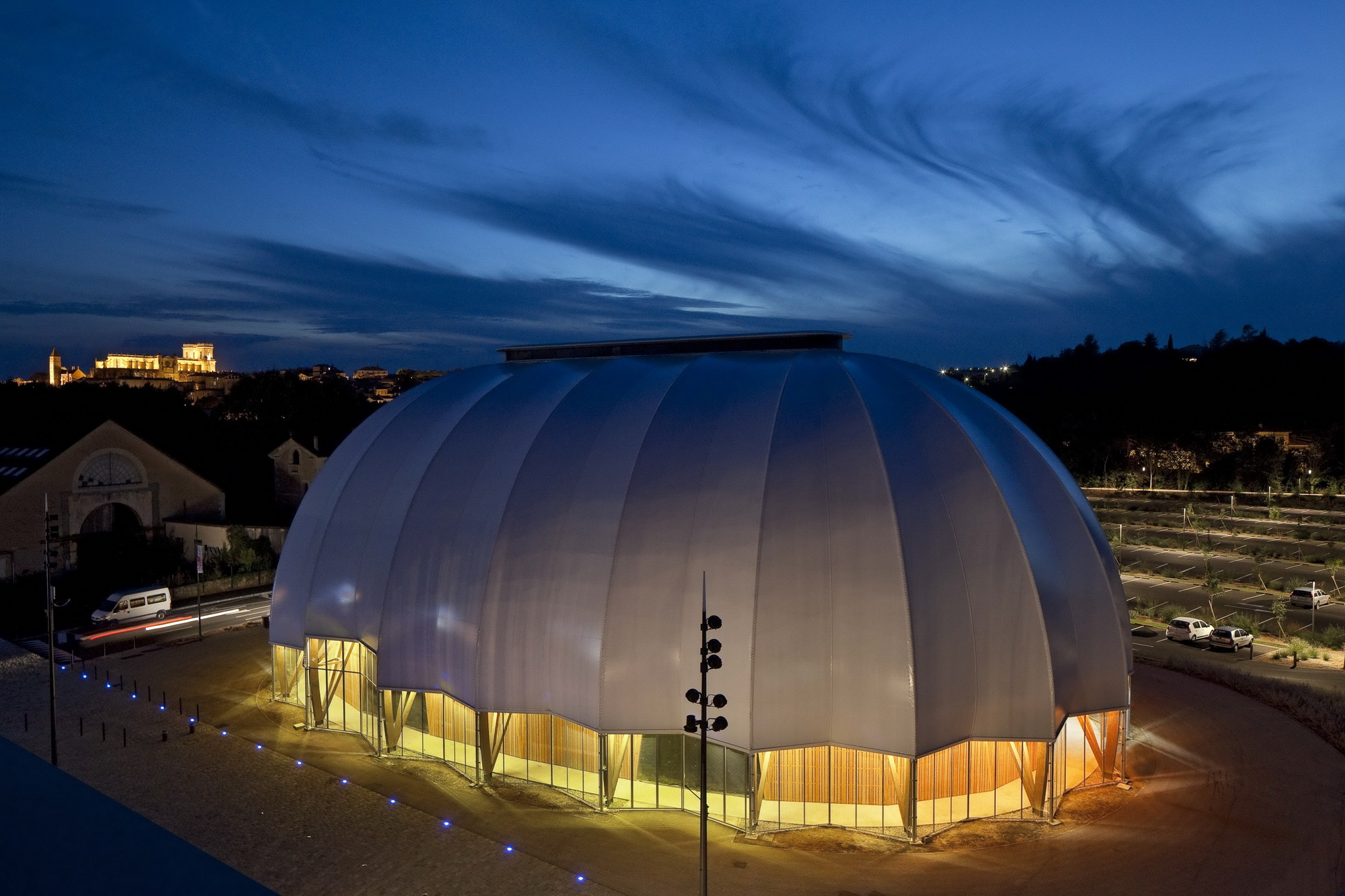 Circus Arts Conservatory / Adh Architects (10)