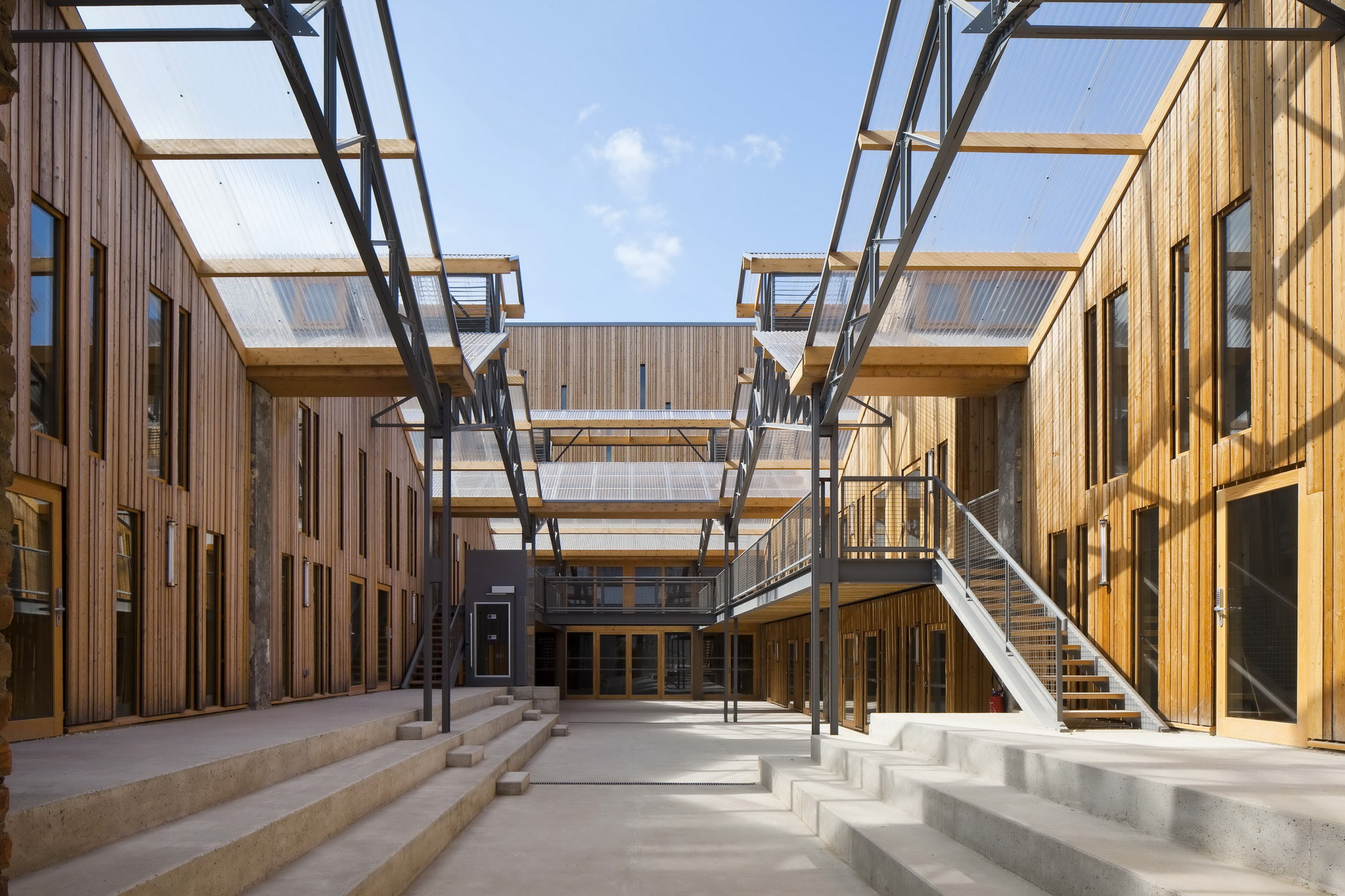 Circus Arts Conservatory / Adh Architects (13)