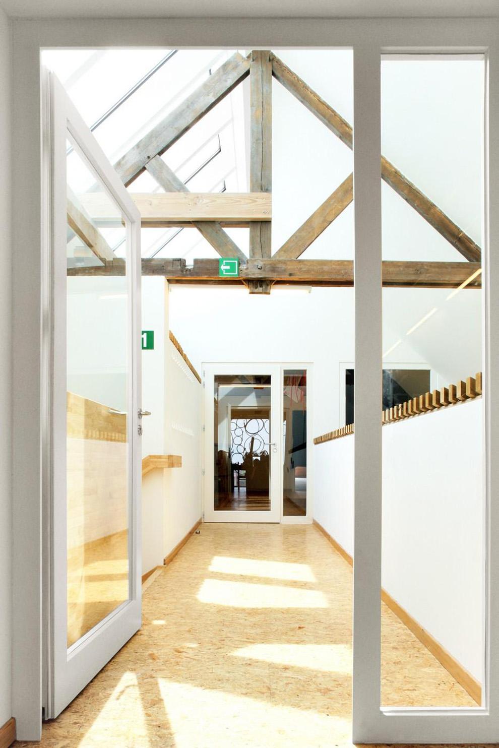 Cultural_centre_woesten-atelier_tom_van_hee-17