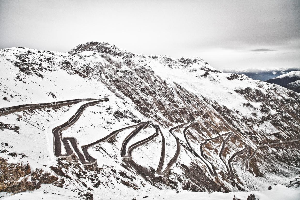 Curves Borders / Stefan Bogner (6)
