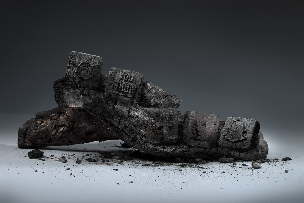 Deconstruction Of America / Mike Campau (1)