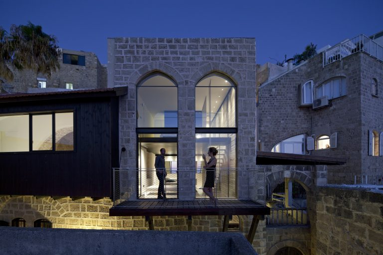 Factory Jaffa House / Pitsou Kedem Architects