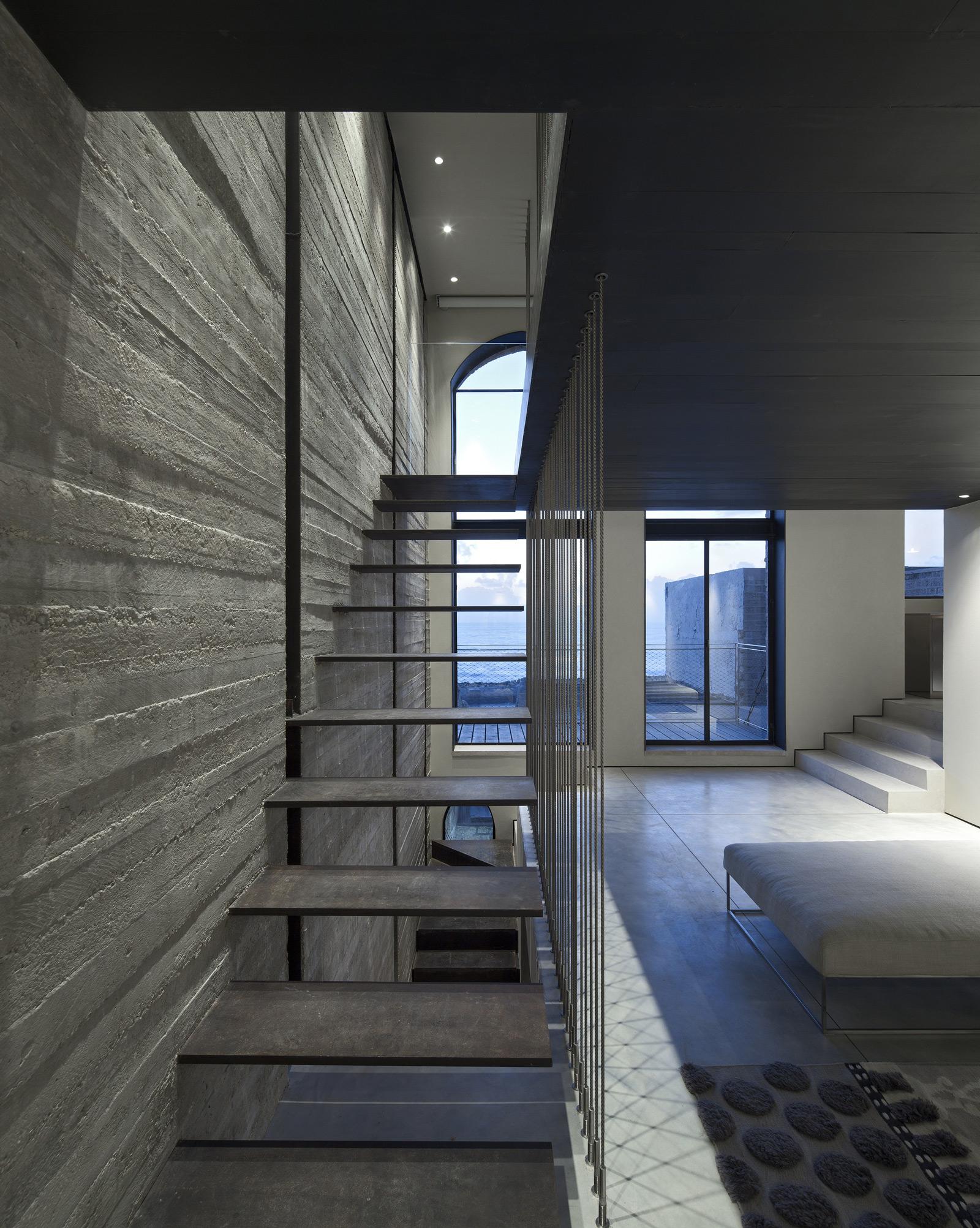 Factory Jaffa House / Pitsou Kedem Architects (20)