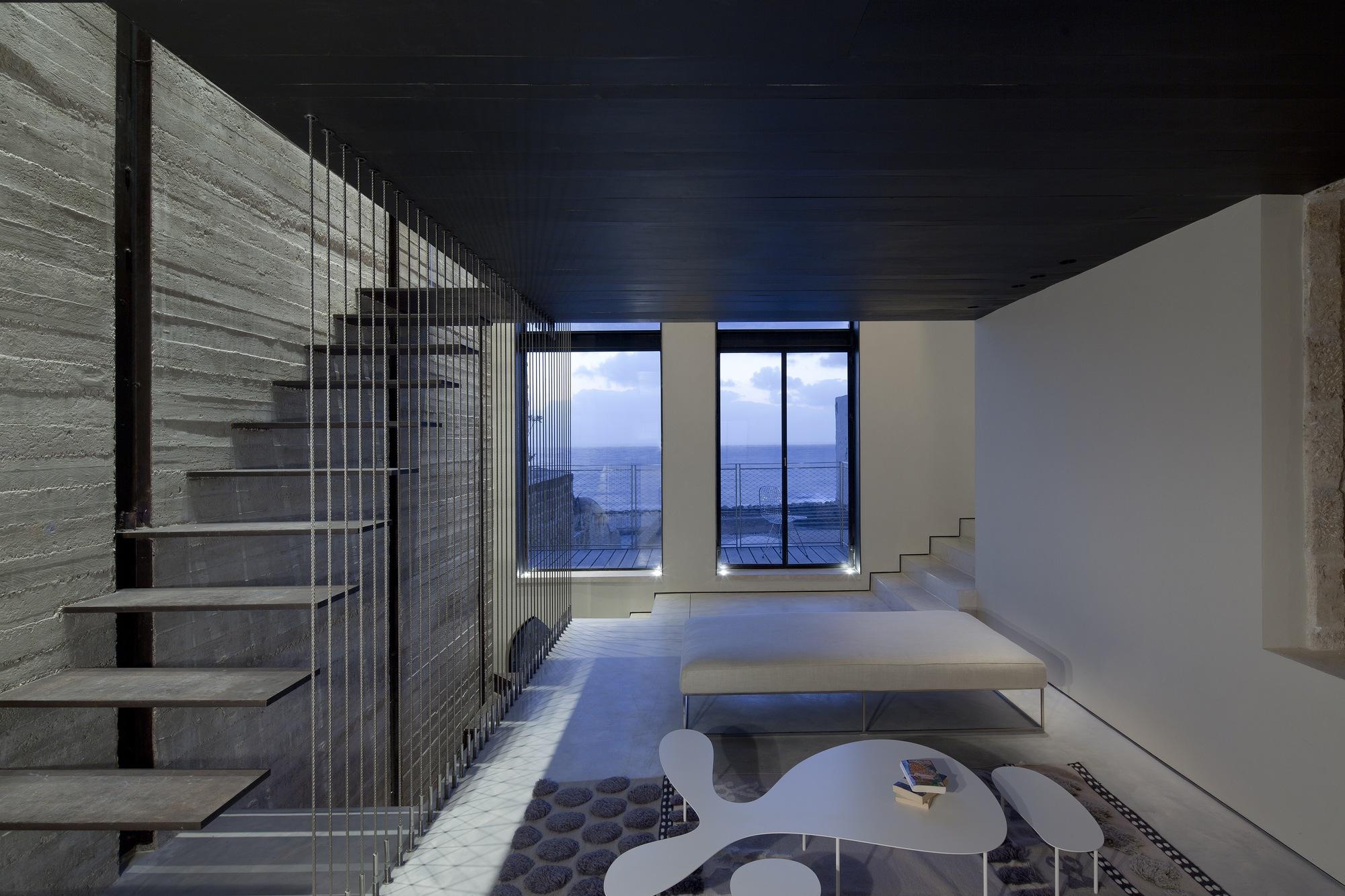 Factory Jaffa House / Pitsou Kedem Architects (16)