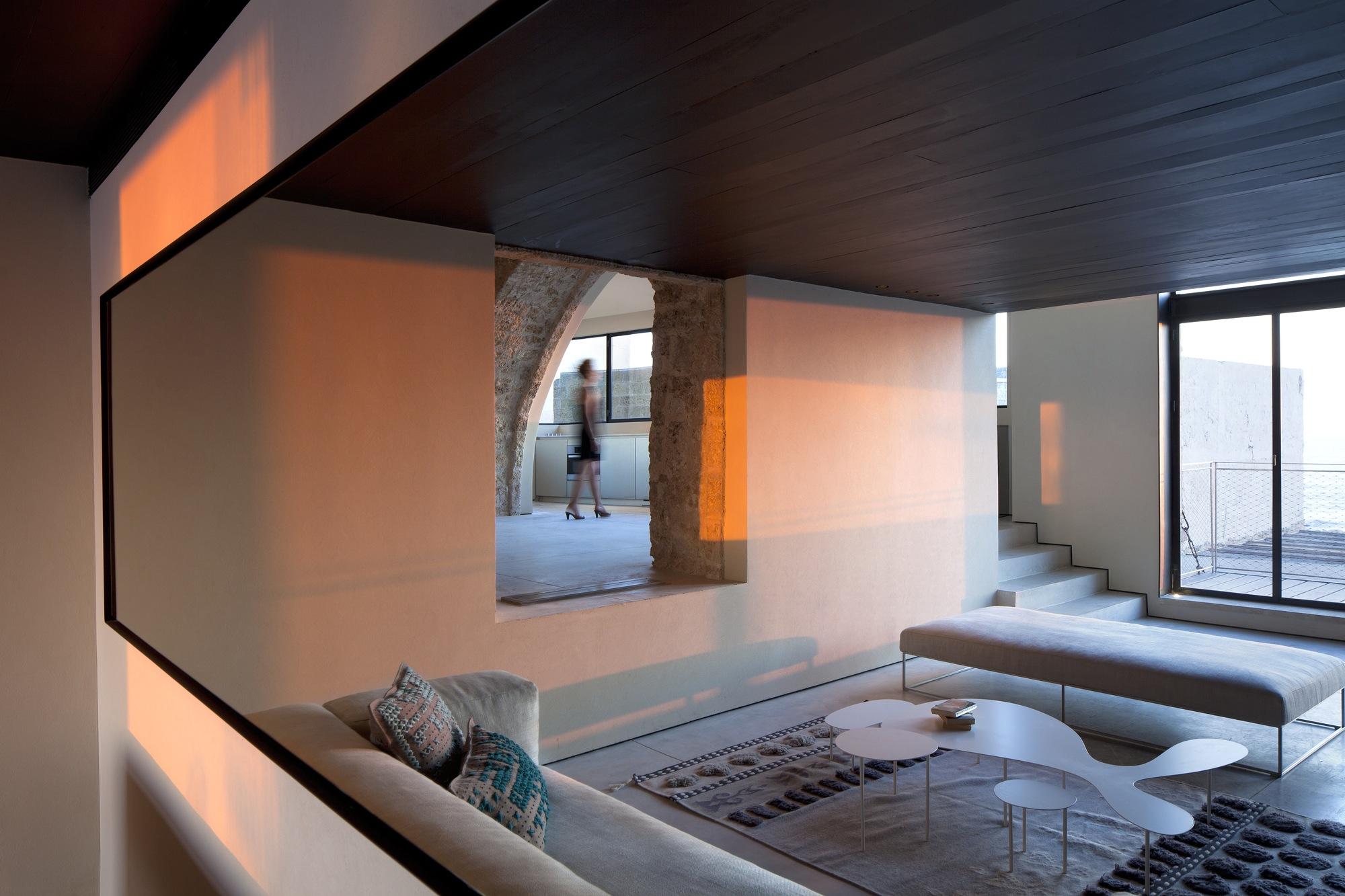 Factory Jaffa House / Pitsou Kedem Architects (18)
