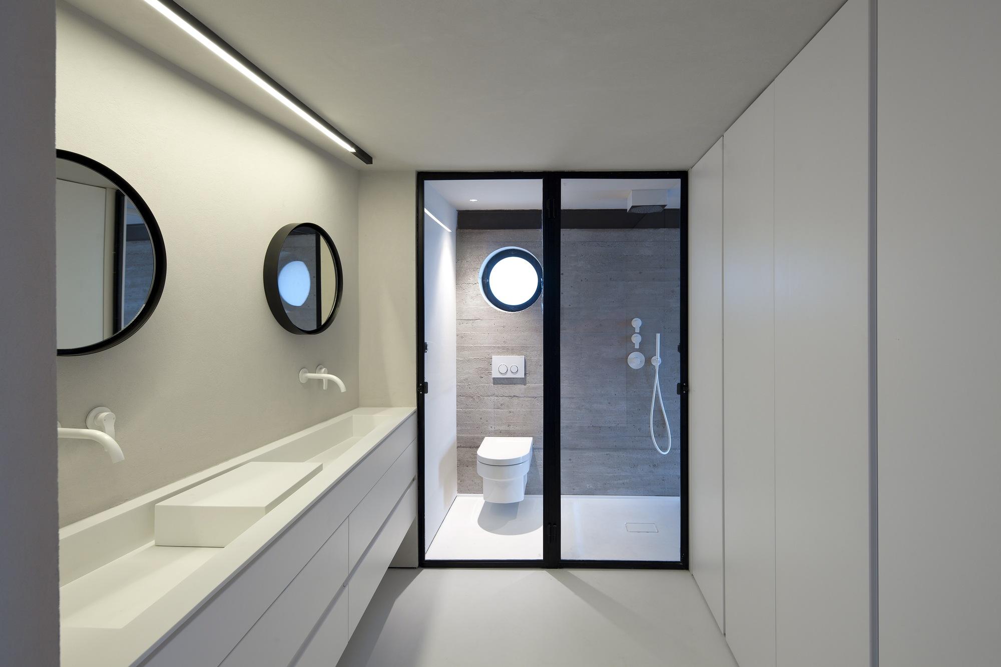 Factory Jaffa House / Pitsou Kedem Architects (26)