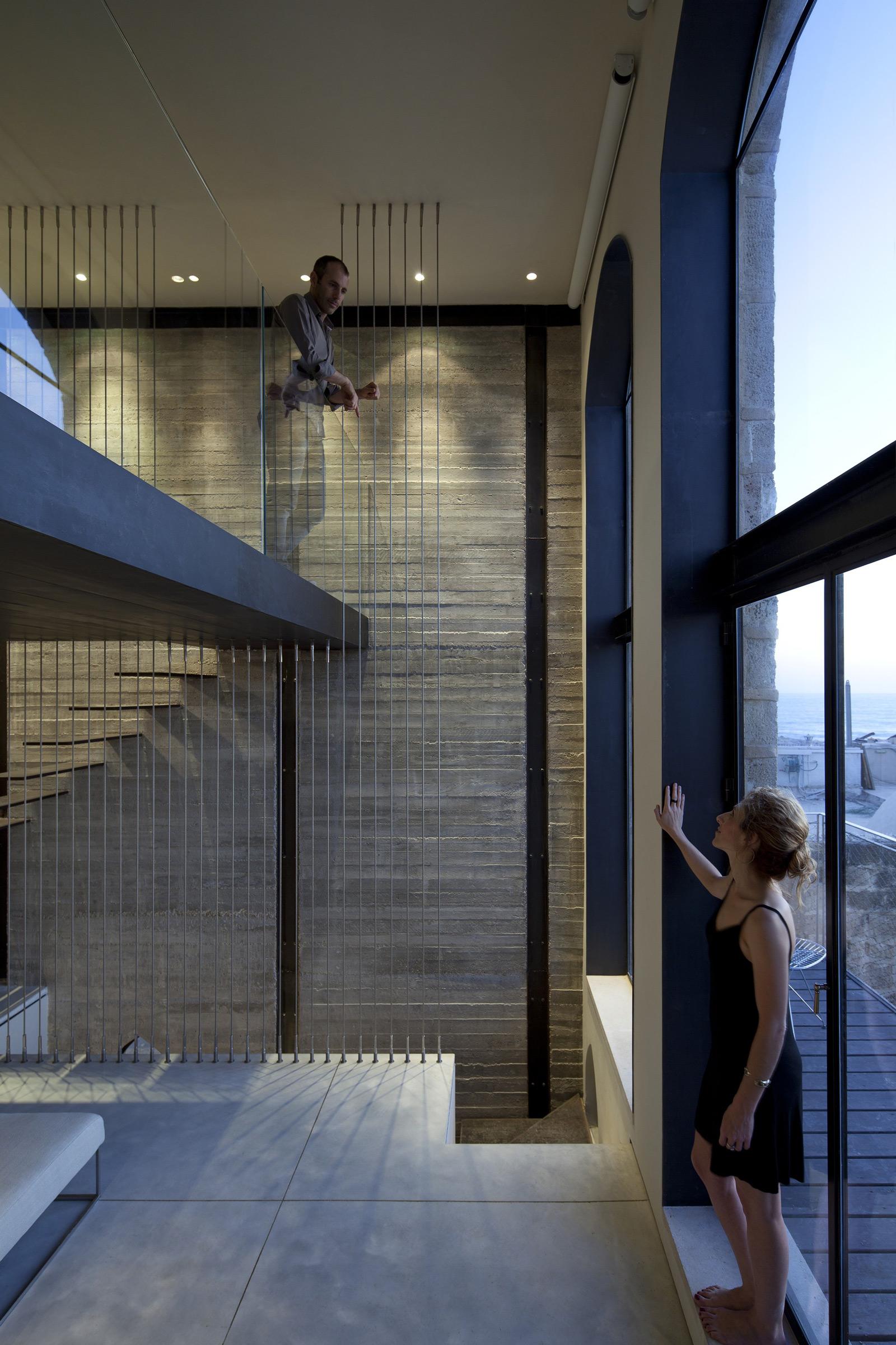 Factory Jaffa House / Pitsou Kedem Architects (27)