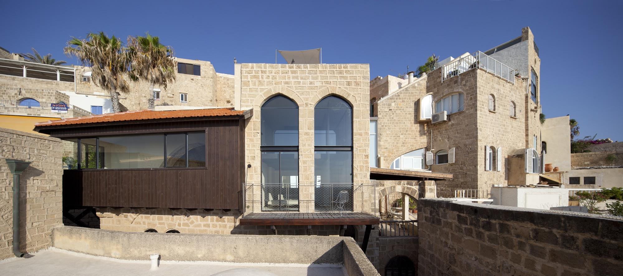 Factory Jaffa House / Pitsou Kedem Architects (29)