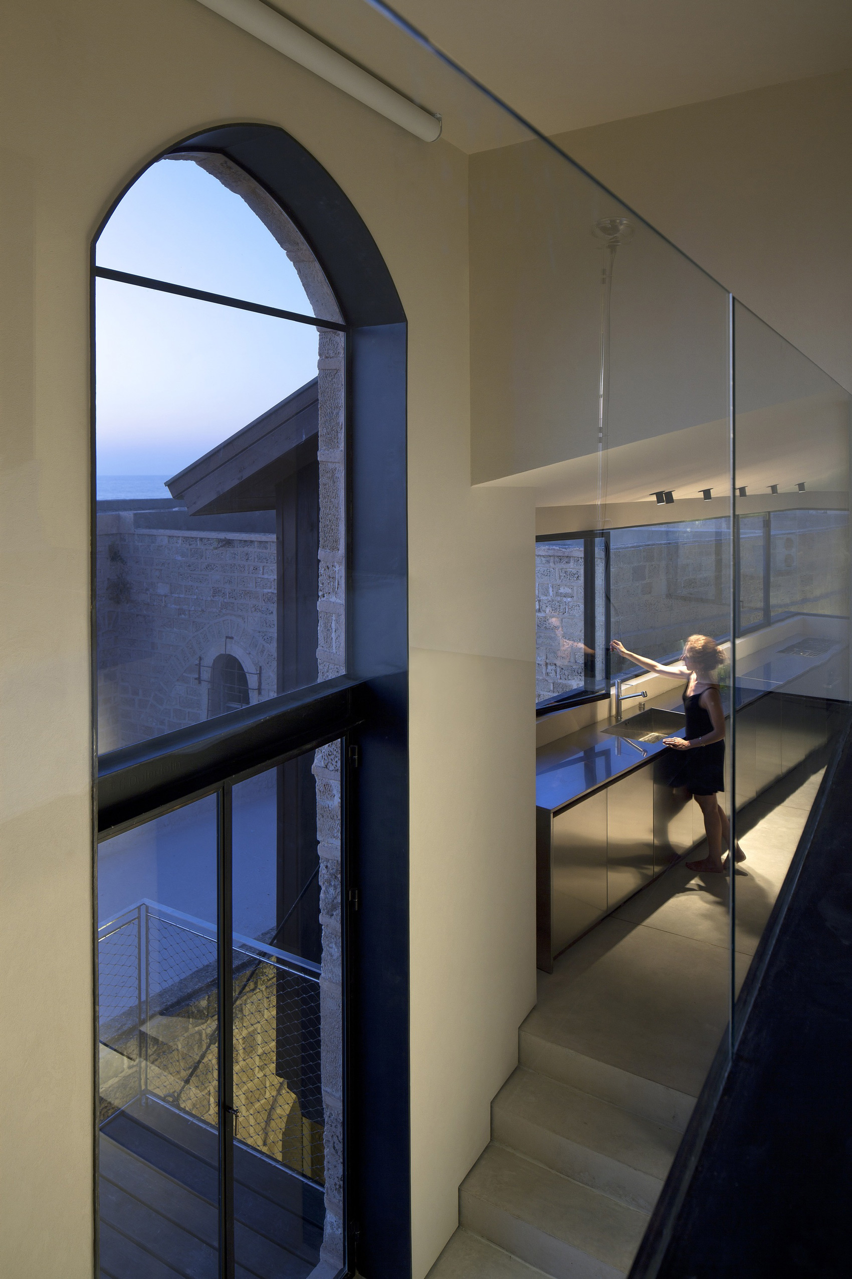 Factory Jaffa House / Pitsou Kedem Architects (5)