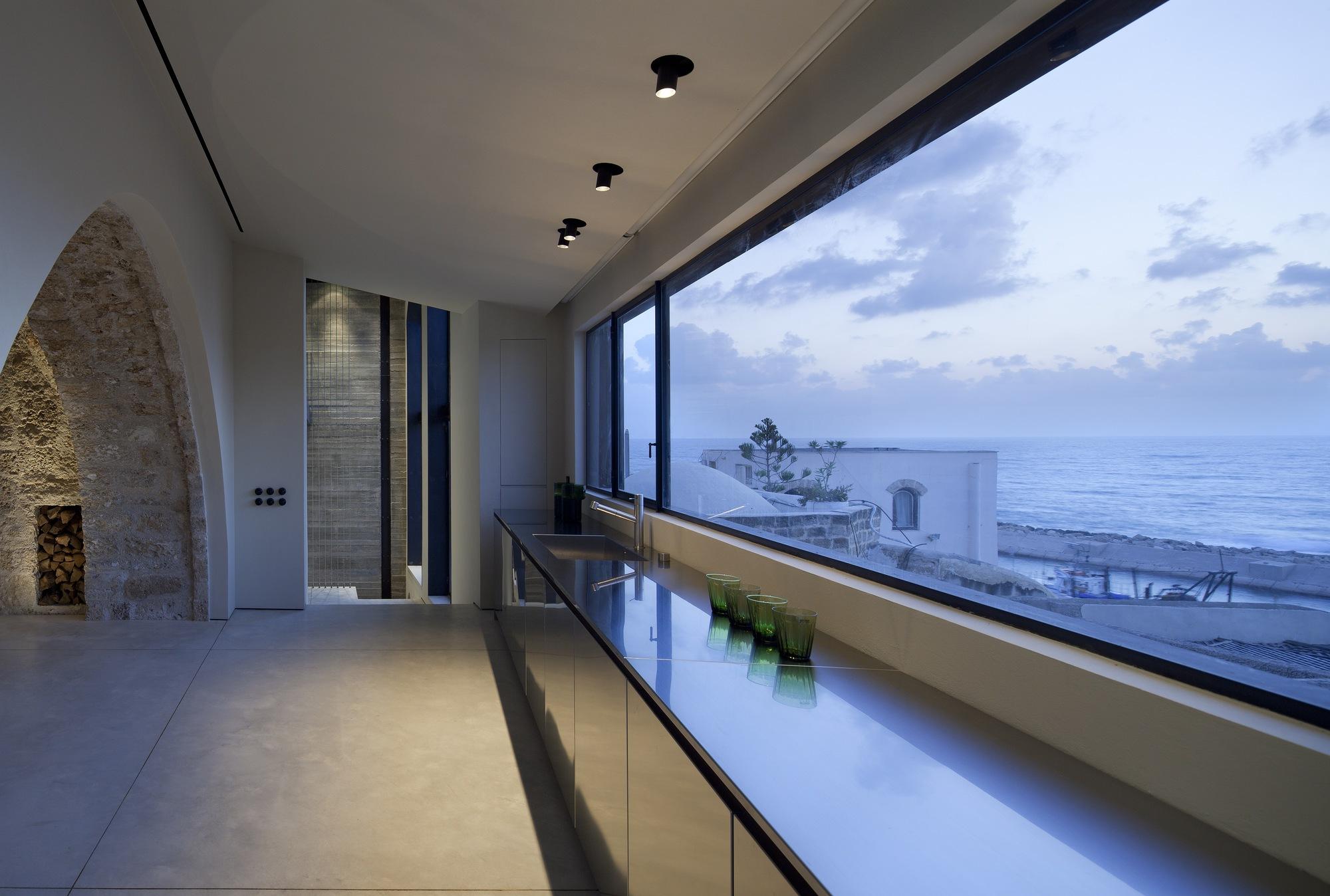 Factory Jaffa House / Pitsou Kedem Architects (19)