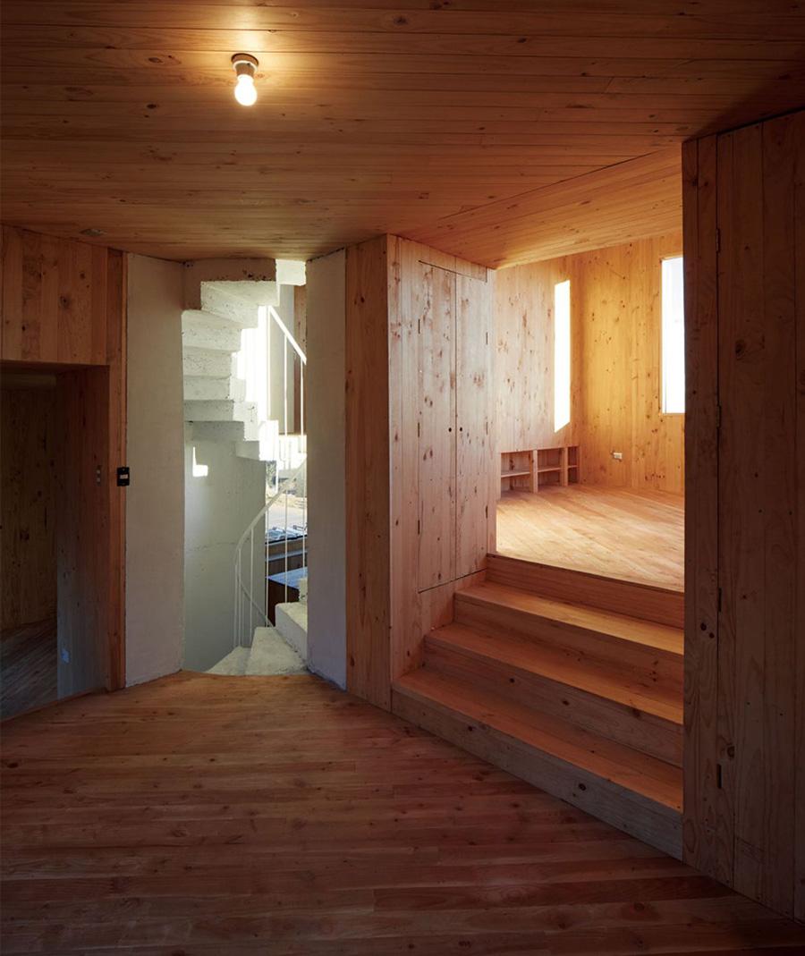 Gago_House-Pezo_von_Ellrichshausen-14.jpg