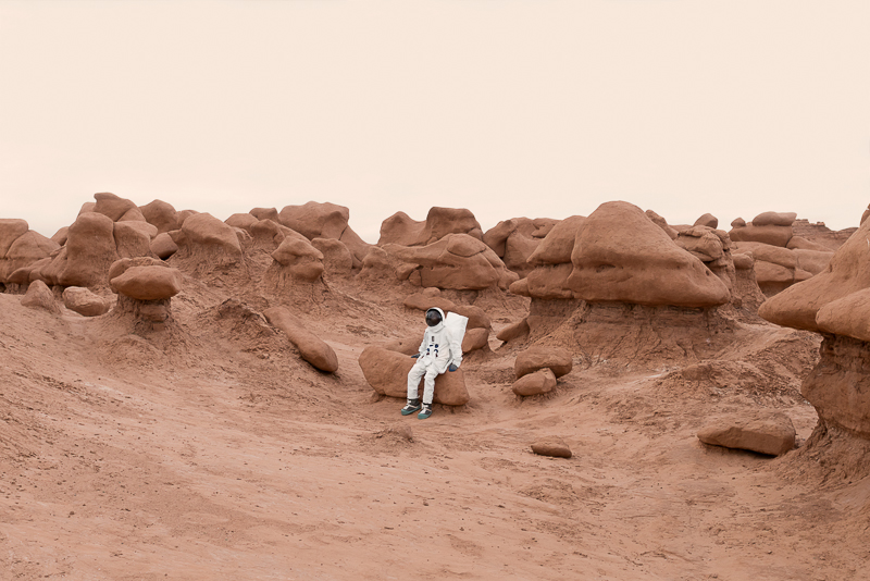 Greetings From Mars / Julien Mauve (8)
