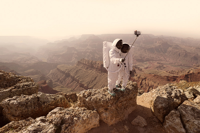 Greetings From Mars / Julien Mauve (7)