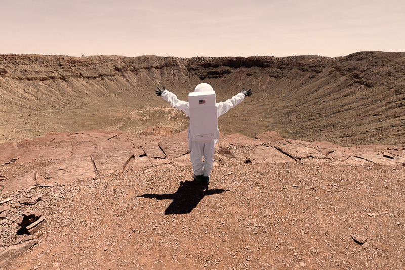 Greetings From Mars / Julien Mauve (6)