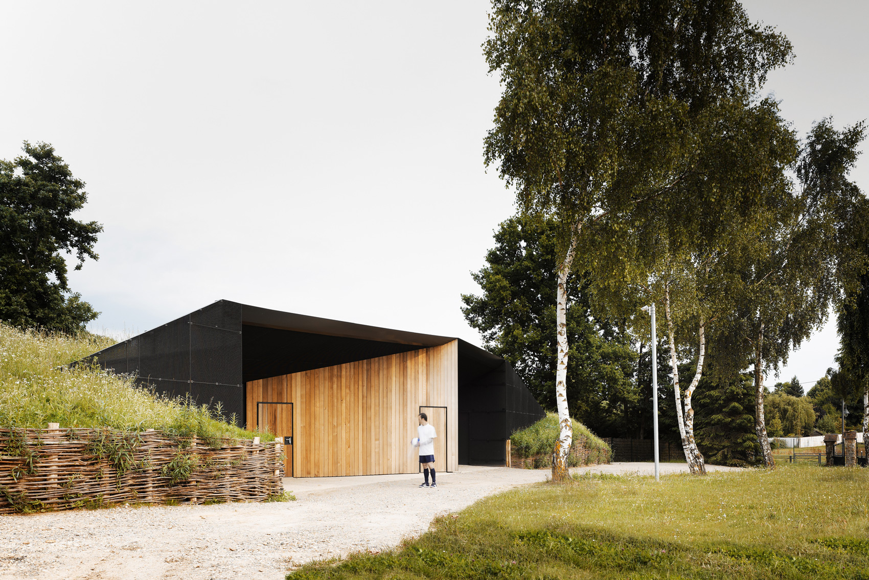 Hidden Locker Rooms / MU Architecture + Ateliers Les Particules (7)