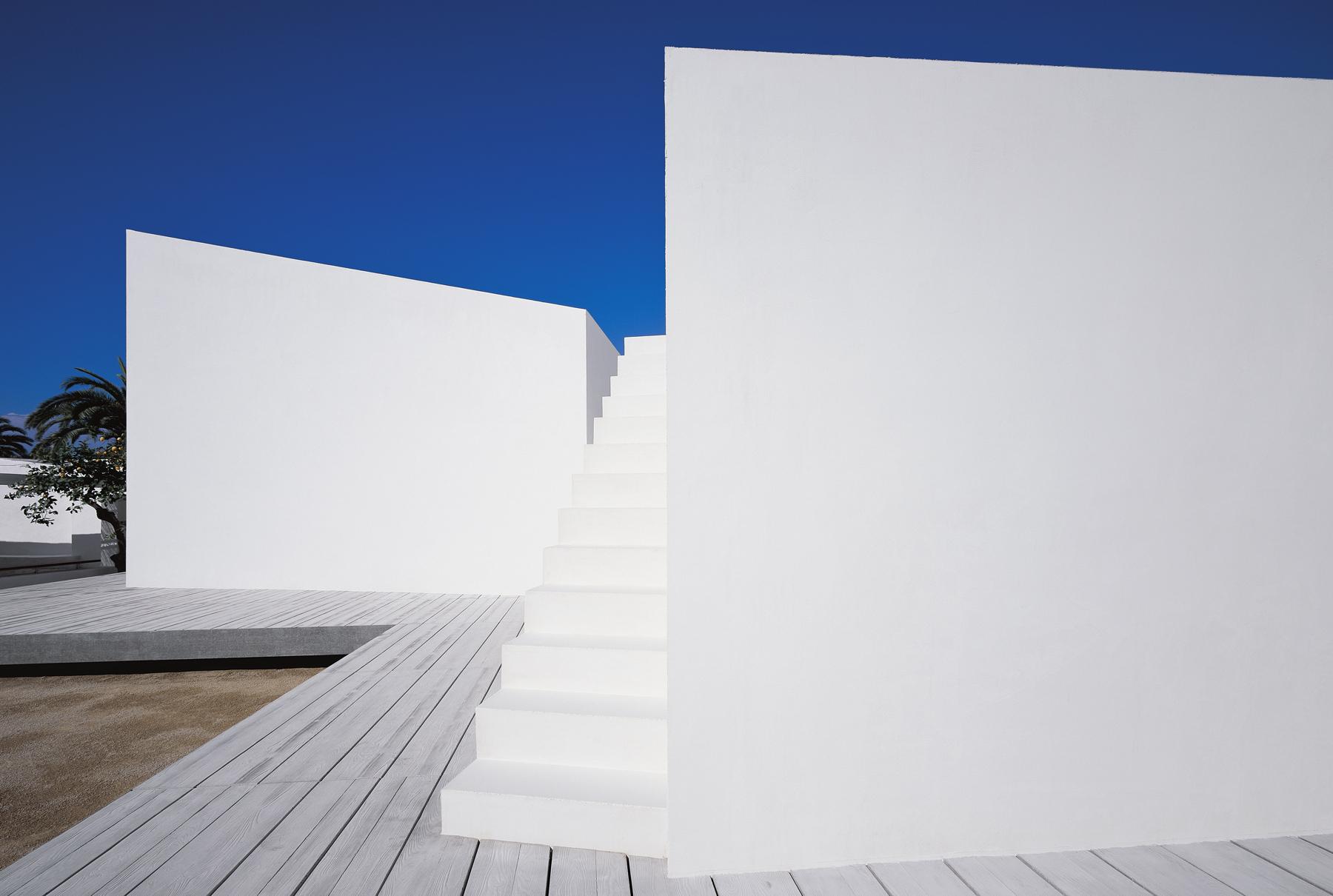 House 2 For A Photographer - OAB