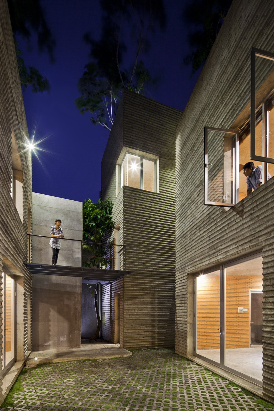 House for Trees / Vo Trong Nghia Architects (2)