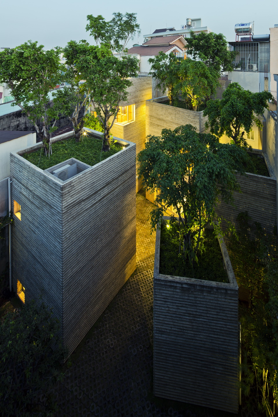 House-for-Trees_Vo-Trong-Nghia-Architects_8.jpg