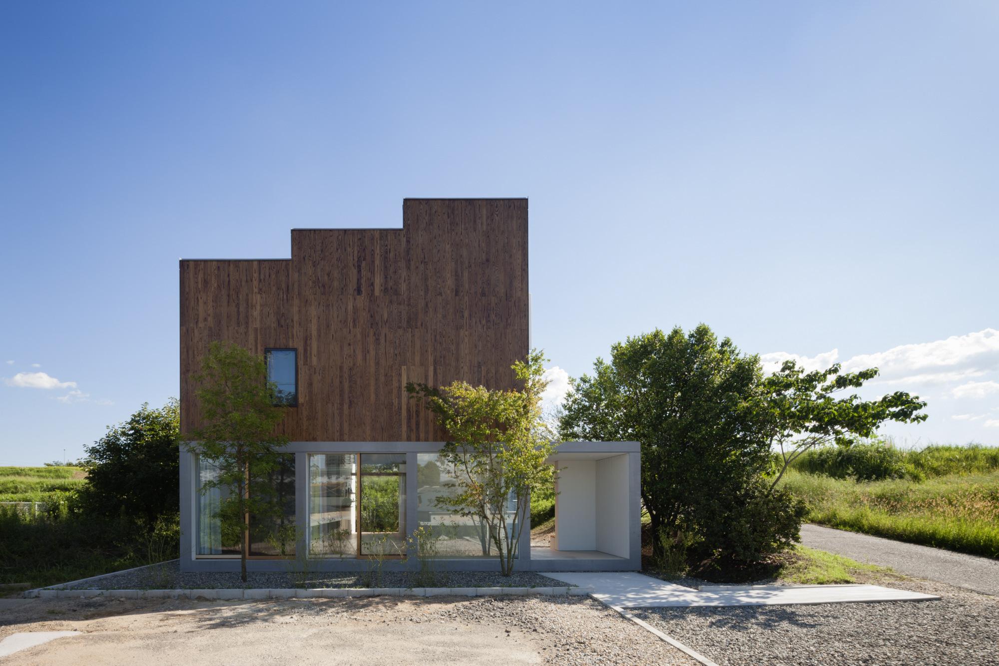 House Passage of Landscape / Ihrmk (14)