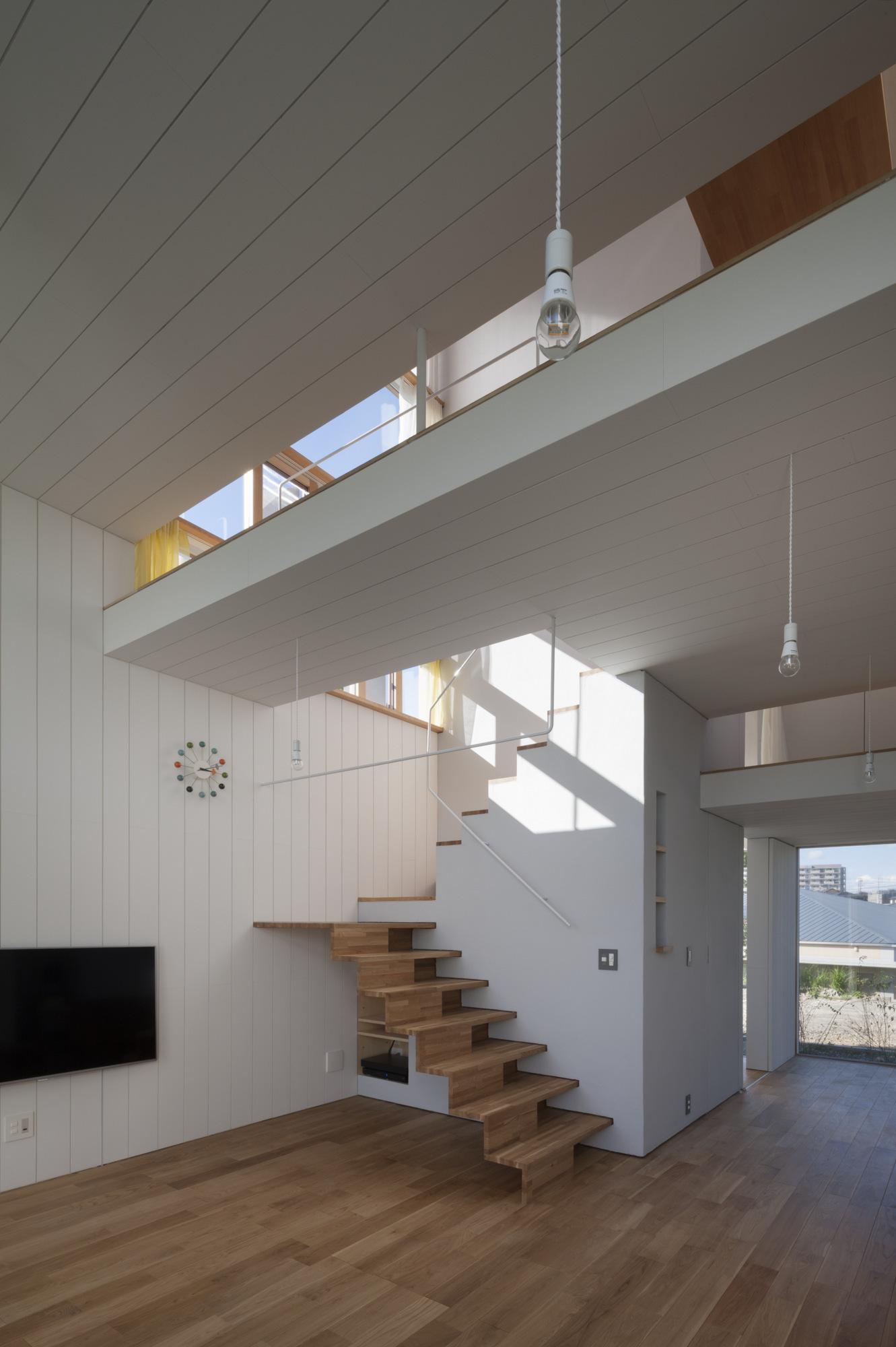 House Passage of Landscape / Ihrmk (11)