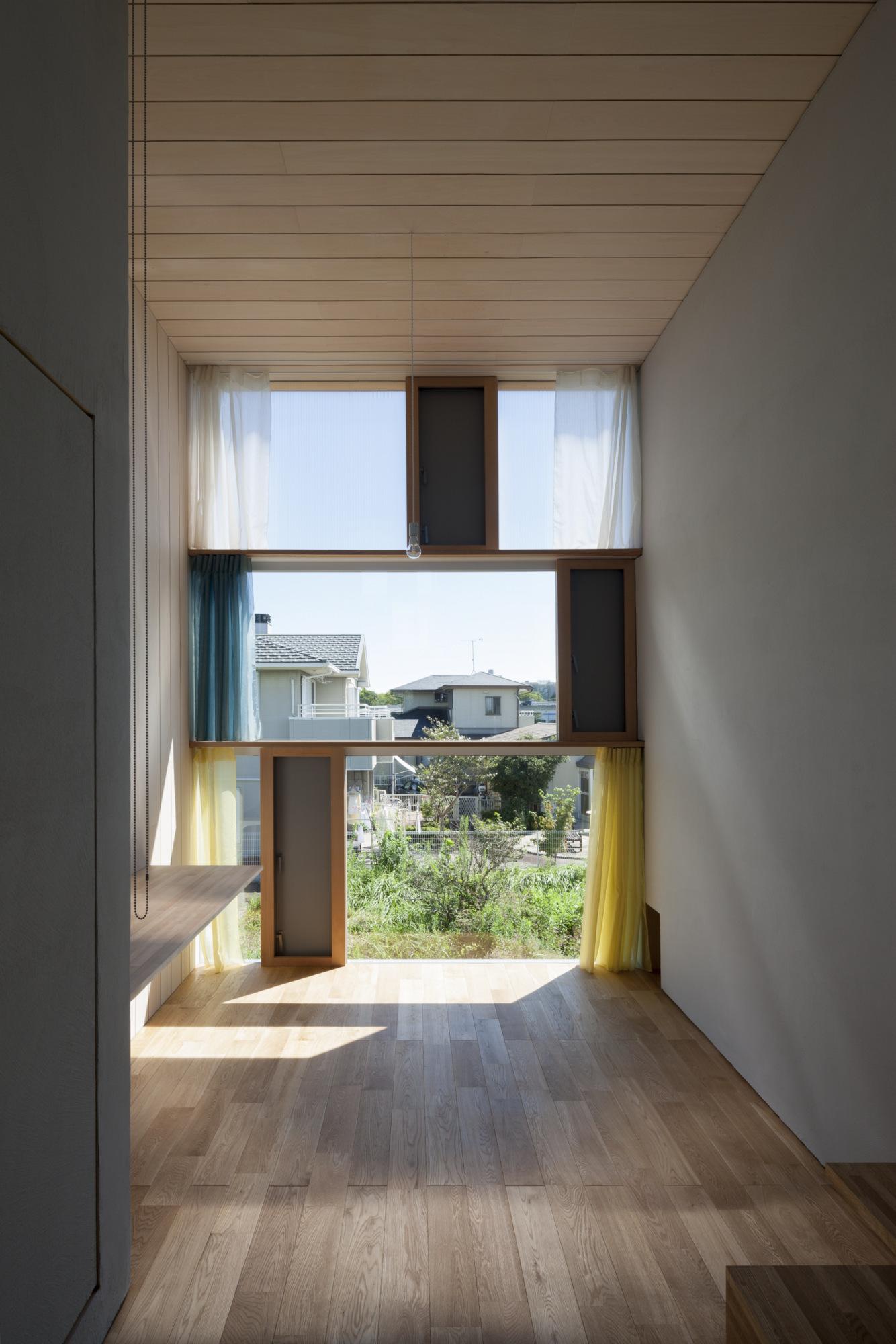 House Passage of Landscape / Ihrmk (9)