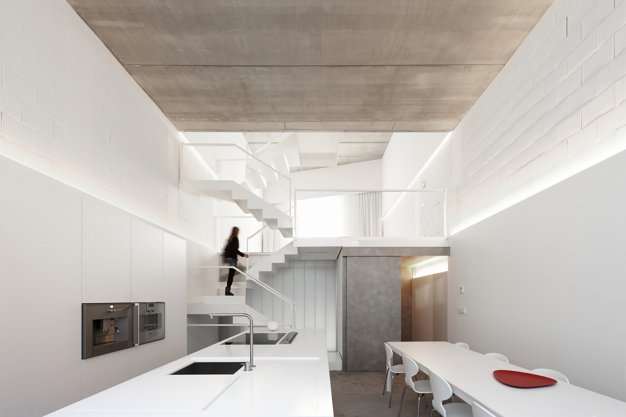House # 20 / Rue Space (6)