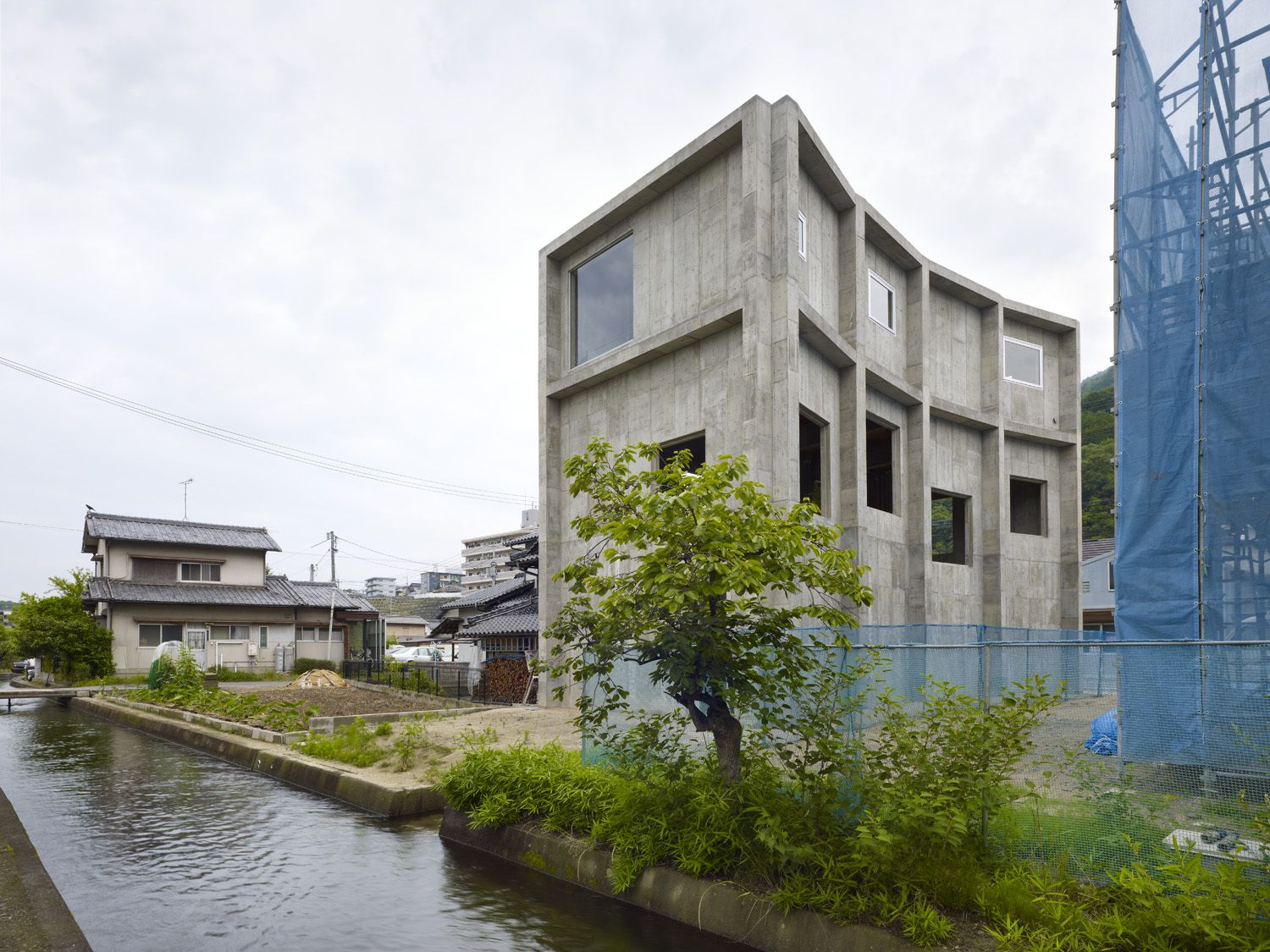 House in Yagi / Suppose Design Office
