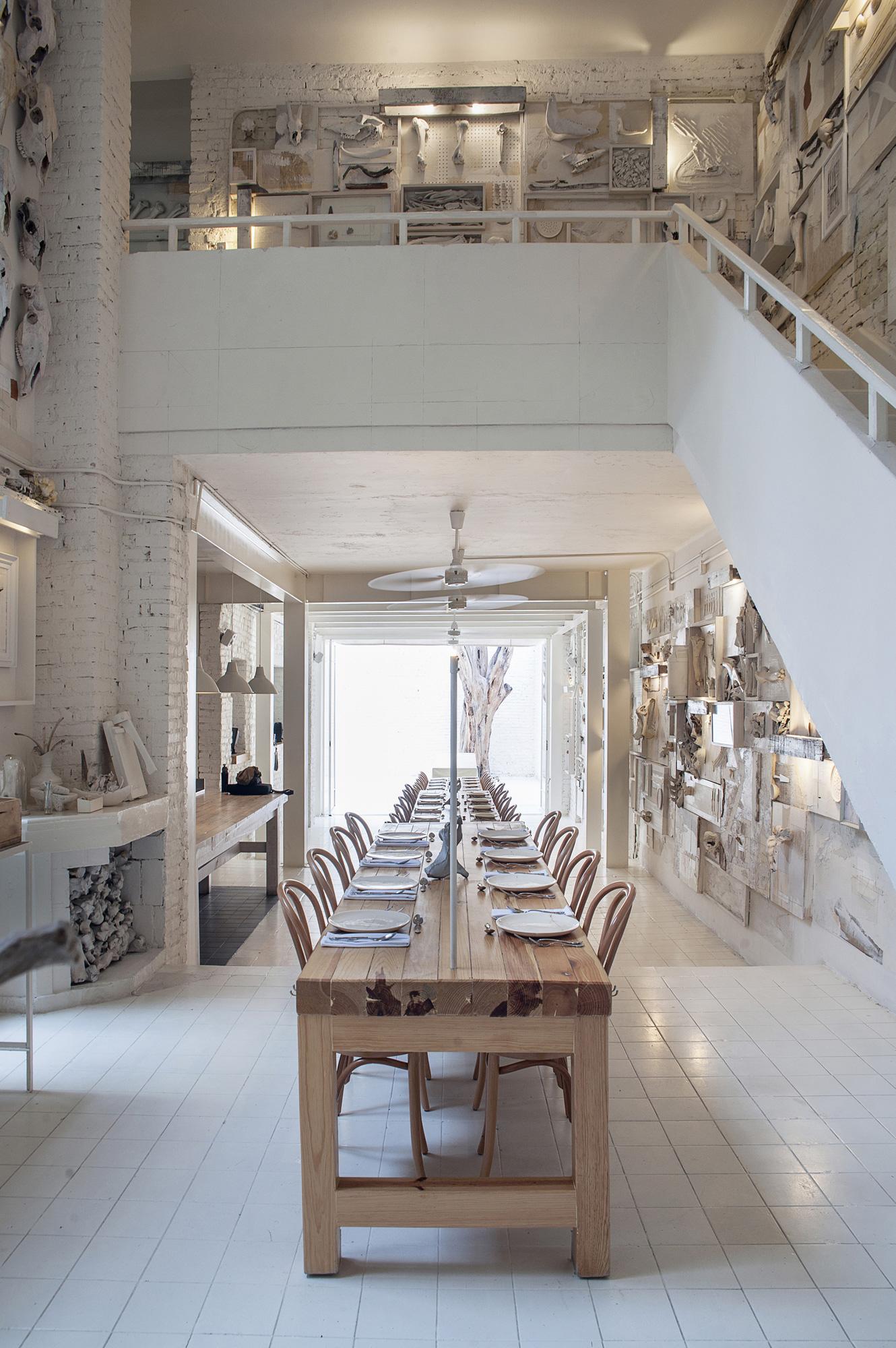 Hueso Restaurant / Cadena Asociados (12)