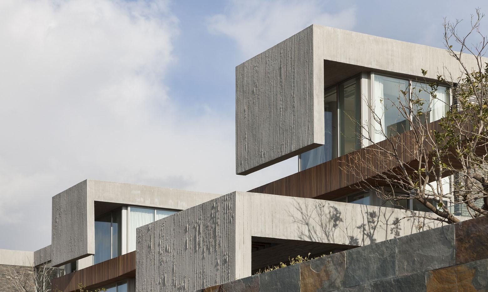 Jeju Bayhill Pool & Villa / Kim Dong-jin + L'eau Design (13)
