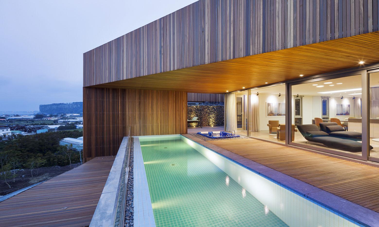 Jeju Bayhill Pool & Villa / Kim Dong-jin + L'eau Design (11)