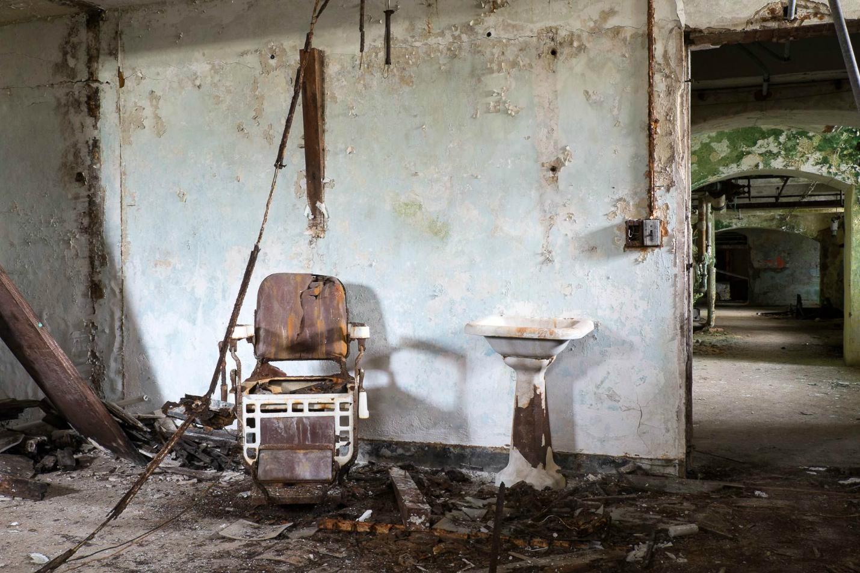 Asylums / Jeremy Harris (9)